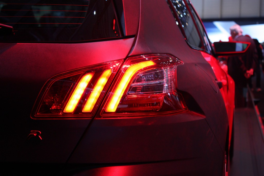 Peugeot 308 - the 'lion claw' tail lamps